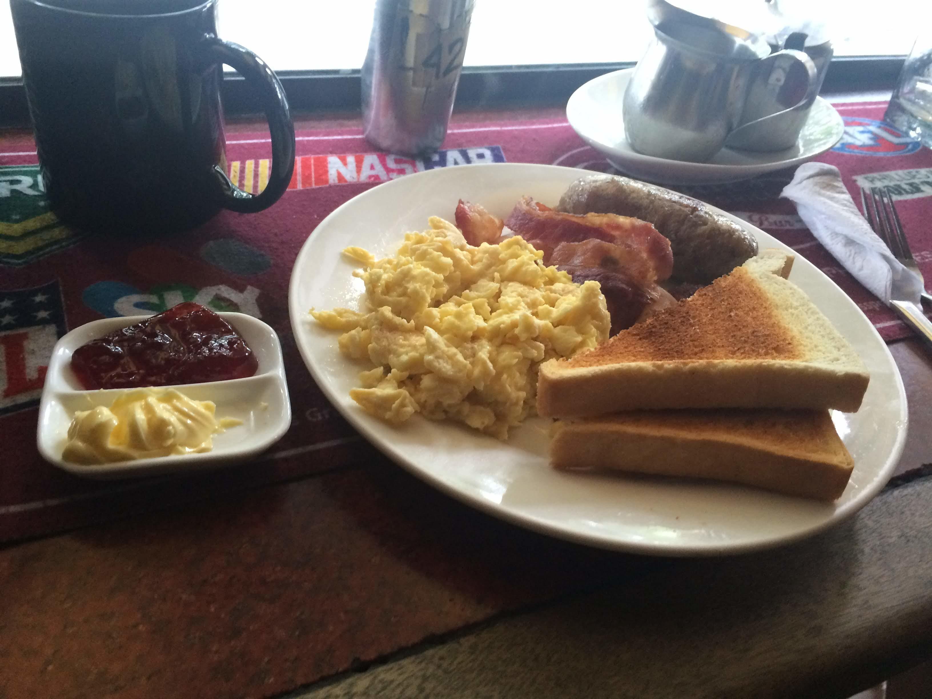アンヘレスでの朝食に訪れたフィリーズ(Phillies Sports Grill&Bar)が噂通り大満足だった件